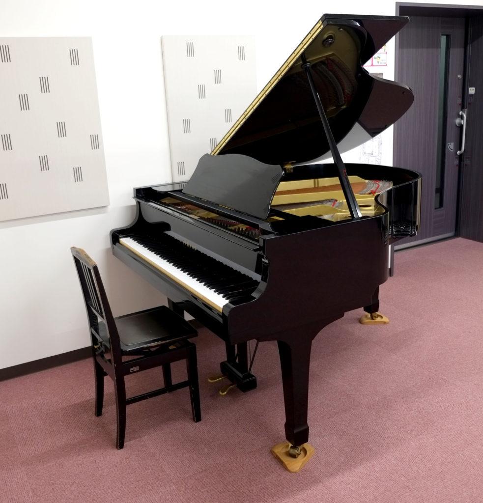 クレアホール 練習室2 グランドピアノ